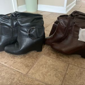 Journee Collection Wedge Boots (2 pair included)